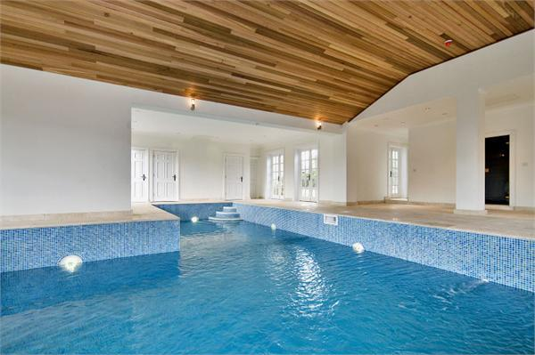 Sauna Games Room And Gym Garaging 18 Acres Of Parkland With Lake A Two Bedroom Self Contained Annexe Kitchen Reception Bathroom