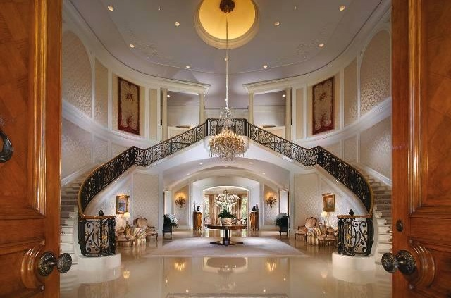 Gone Home Foyer : Petra ecclestone is the buyer of spelling manor