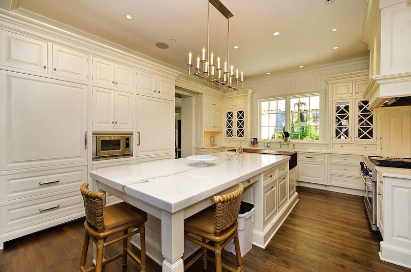 Stunning david adler inspired home 4 899 000 - Cuisine style anglais cottage ...