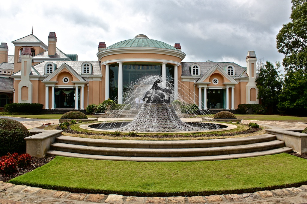 Pictures of tyler perry house in ga