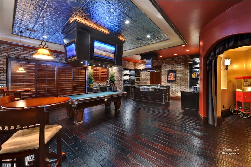 Man Cave Bar And Grill : Sports grill
