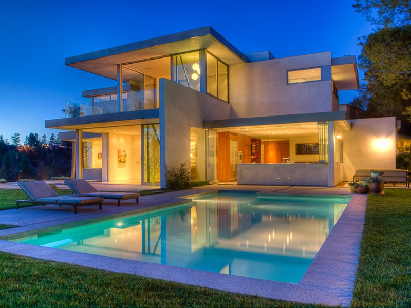 Private beverly hills estate 9 750 000 pricey pads for Glass houses for sale in california