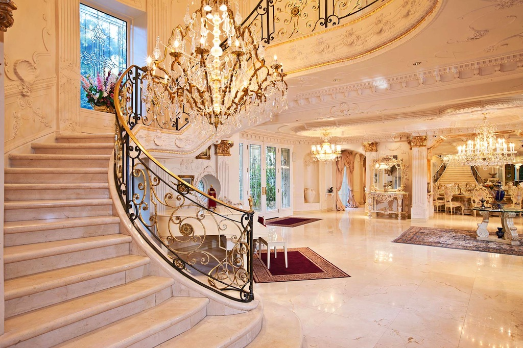Home Le Foyer : Chateau d or reportedly sells for undisclosed amount