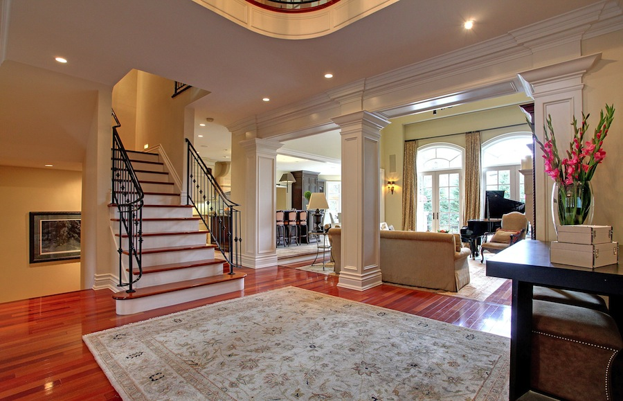 Idyllic south east oakville estate 3 975 000 pricey pads for Perfect kitchen oakville