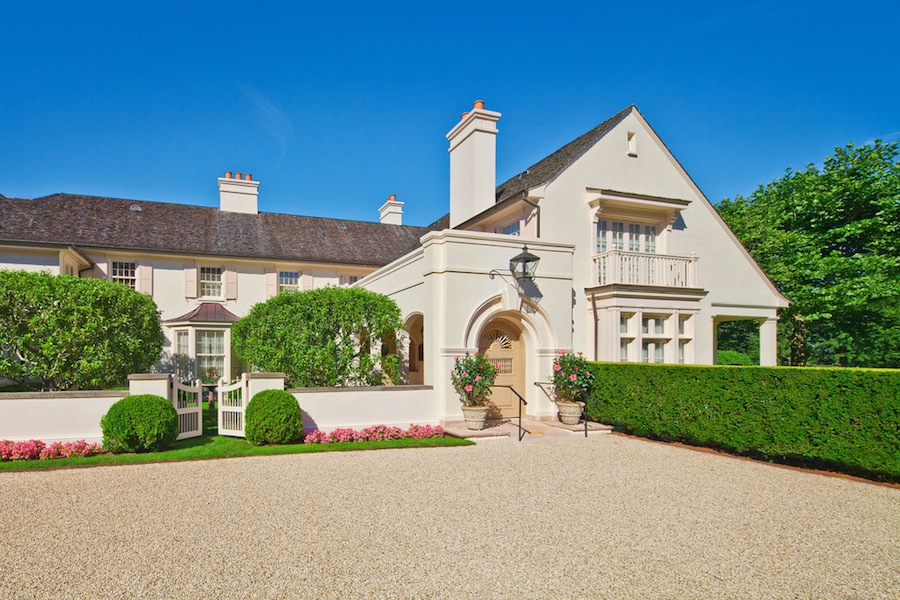 Chateau Amorois 22 950 000 Pricey Pads