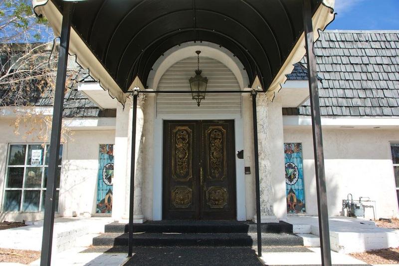 Liberace's Former Las Vegas Mansion For Sale