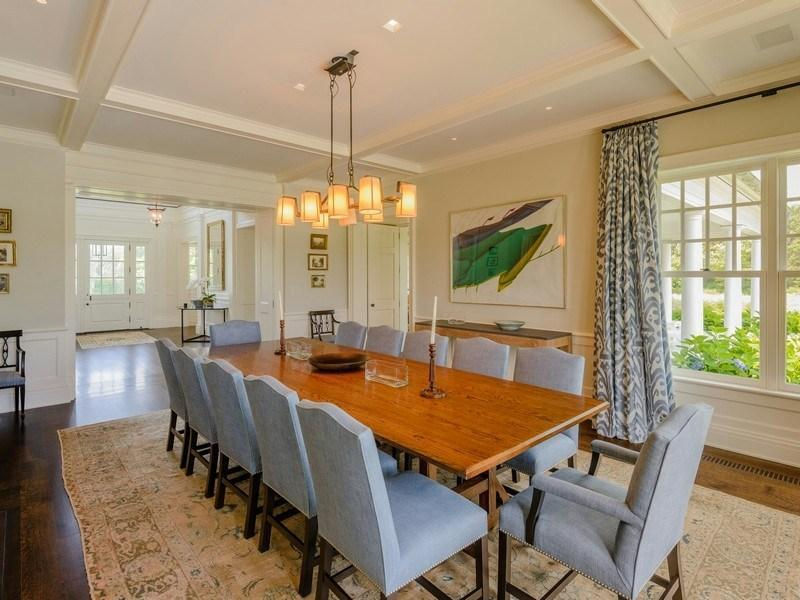 Large Family Dining Room Further Lane Farm 35 000 000 Pricey Pads