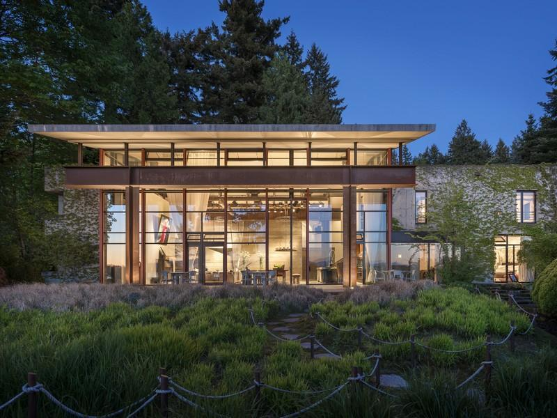 Tom kundig studio house 4 495 000 pricey pads for Northwest house