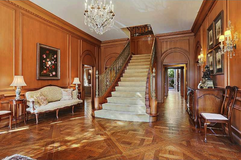 luxurious and splendid elegant stairs design. Designed with elegant living  entertaining areas this home has a beautiful staircase bronze capped railing large kitchen wet bars Splendid New Orleans Mansion 3 950 000 South Sound Luxury Homes