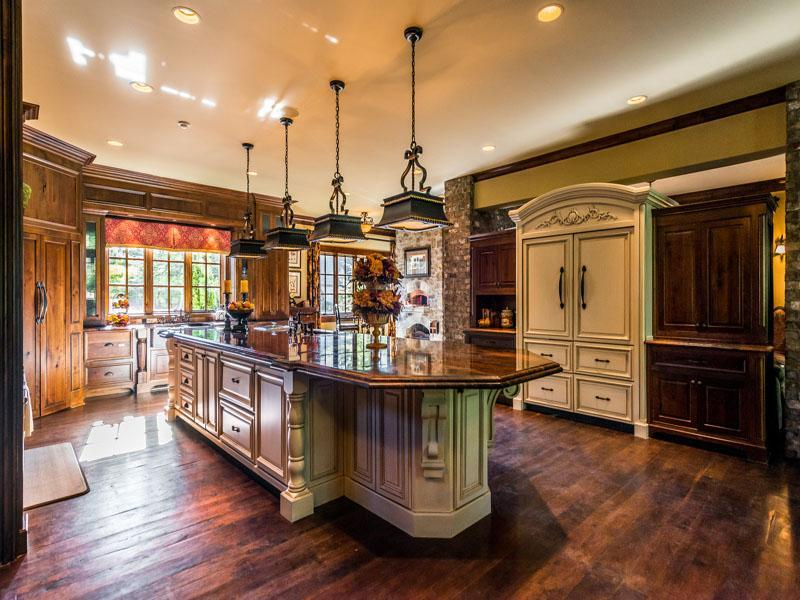 Impeccable Suwanee Mansion 5 395 000 Pricey Pads