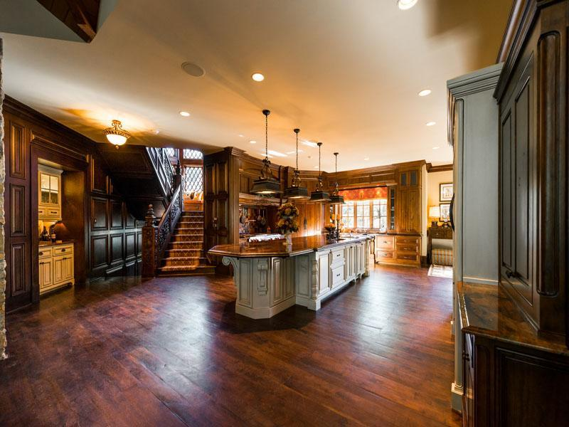 Impeccable suwanee mansion 5 395 000 pricey pads - 4 bedroom homes for sale in atlanta georgia ...