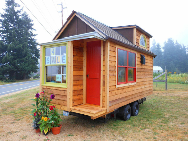 Prime Tiny Cabin On Wheels Listed For 30 000 Pricey Pads Largest Home Design Picture Inspirations Pitcheantrous